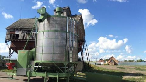 В Саратовской области два дня подряд горят частные зерносушилки с подсолнечником