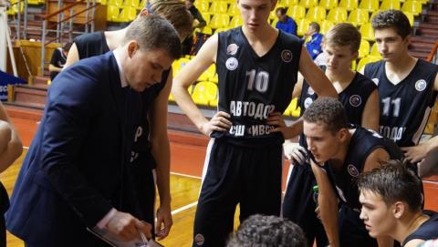 Саратовские баскетболисты одержали первую победу в ранге чемпионов ДЮБЛ