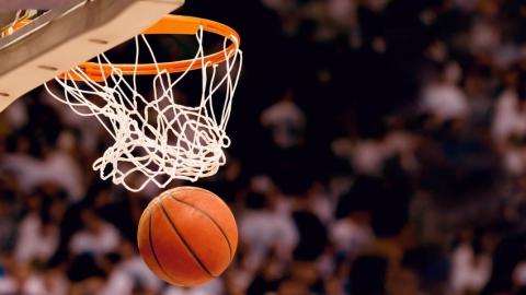 Саратовские баскетболисты проиграли «Зениту»