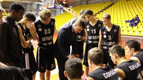 Саратовские баскетболисты благодаря овертайму стали третьими в домашнем туре ДЮБЛ