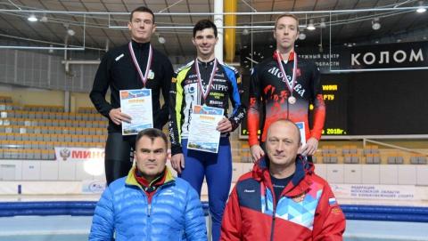 Саратовский конькобежец медально открыл зимний сезон