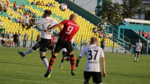 Саратовские футболисты заставили липецкий клуб заплатить штраф