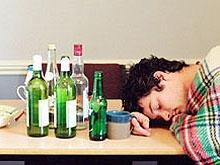 Шестиклассник отравился алкоголем в день рождения