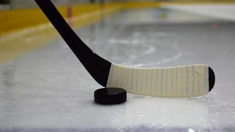 Саратовские хоккеисты в Балакове переиграли красноярских