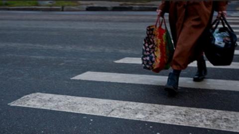 На пешеходном переходе парень на «Форд Фокусе» задавил пенсионерку