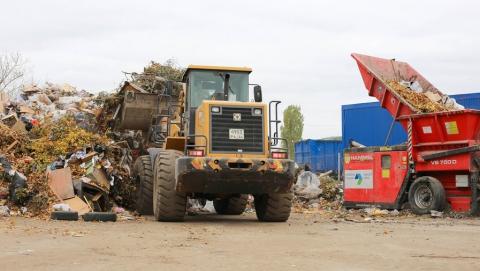 Более 35 000 тонн мусора вывезли из Саратова