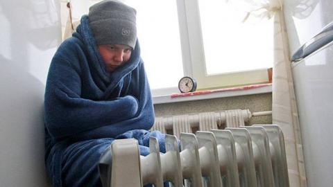 В Саратове 11 многоквартирных домов остались без отопления и горячей воды