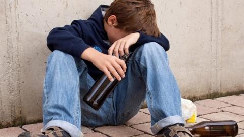 Из «Триумф Молла» госпитализирован подросток с отравлением алкоголем
