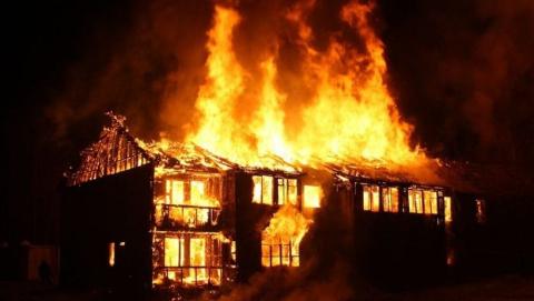 Крупный пожар унес жизнь пожилой женщины