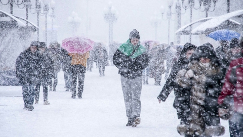 Саратовцам обещают дожди со снегом, туманы, гололедицу и метели