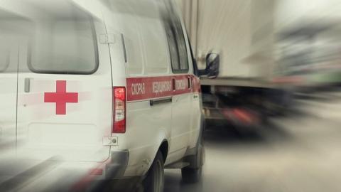 Грузовая «Газель» сбила пешехода и врезалась в «Жигули»