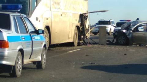 Водитель Hyundai Solaris скончался по дороге в больницу