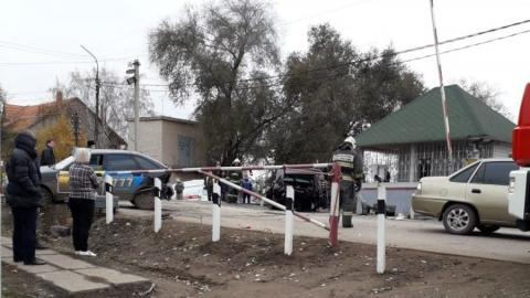 В массовой аварии на переезде пострадали два человека