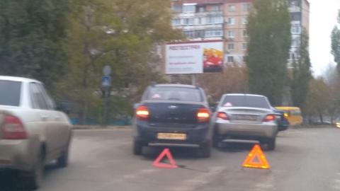 Тройная авария перекрыла улицу Высокую