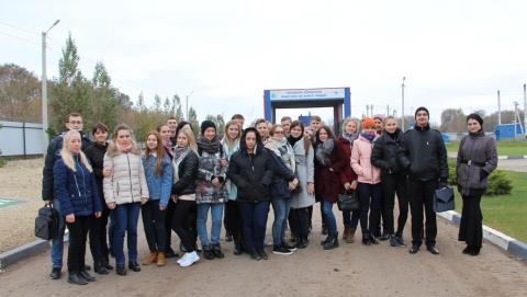 Саратовским студентам показали, как перерабатывают мусор