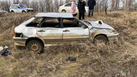 Три человека погибли в аварии на границе Саратовской и Волгоградской областей