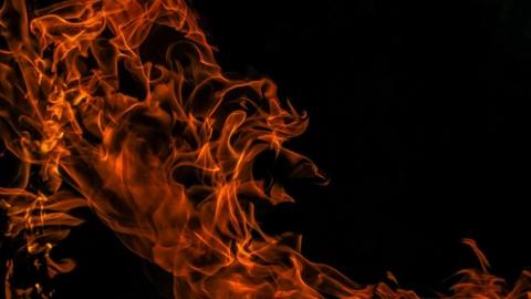 Сгорел расселенный дом