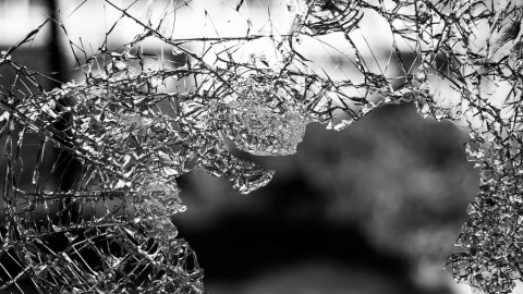 В лобовом столкновении на трассе ранены четверо мужчин