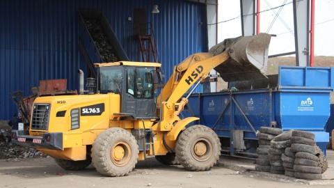 Больше 60 кубометров покрышек в месяц возвращают мусоровывозящим компаниям