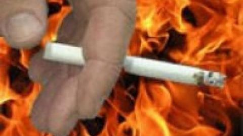 В сгоревшем доме нашли мертвого курильщика