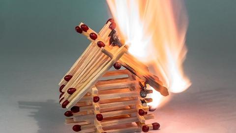 В Саратовской области стало больше пожаров из-за детской шалости