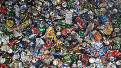 На переработку отправили более девяти тонн мусора