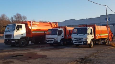 На маршруты выходят пять новых мусоровозов