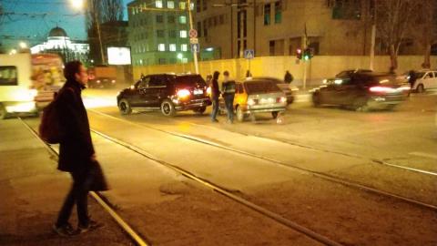 Авария парализовала два трамвайных маршрута