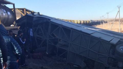Скончалась одна из раненых в аварии с грузовым поездом возле российско-казахстанской границы