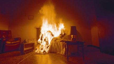 В своей квартире от огня погибла 80-летняя женщина