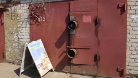 Ворота гаражного кооператива сняли и сдали на металлолом