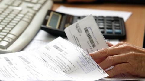 «ЭнергосбыТ Плюс» направил уведомления о задолженности 1500 неплательщикам