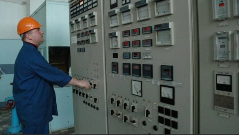 Школьники познакомились с работой старейшей тепловой станции Саратова