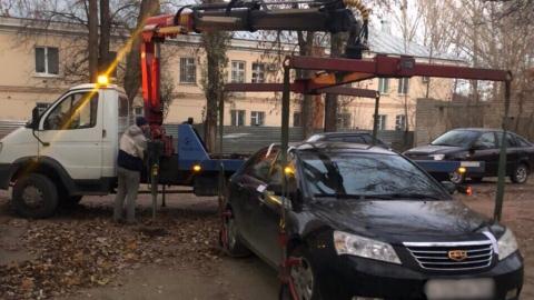 Задолжавший по алиментам 400 тысяч рублей мужчина лишился иномарки