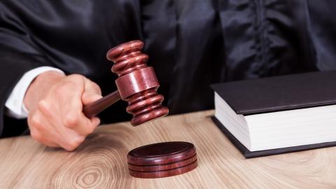 Суд освободил председателя гаражного кооператива из-под домашнего ареста