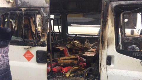 В Энгельсе сгорело маршрутное такси №25