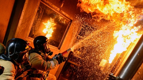 Двое мужчин пострадали на пожарах