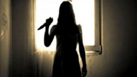 Саратовчанку подозревают в кровавой расправе над сожителем матери