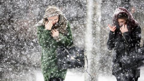 Синоптики предупредили о сильном снеге с метелью