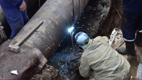 Энергетики  завершили ремонт теплосети в центре Саратова