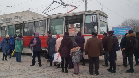"Николай Панков: ""И стар, и млад толкали трамвай общими усилиями"""