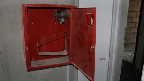 Из высотки пытались украсть четыре пожарных крана