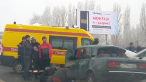 В страшной аварии на Усть-Курдюмской погиб подросток