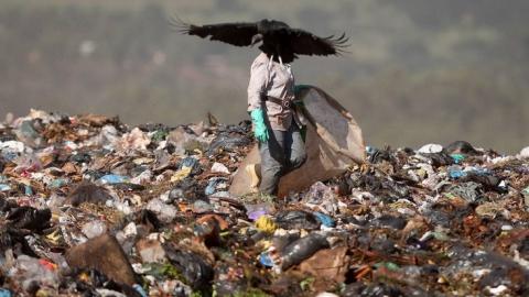 Президент объяснил проблемы с сортировкой и переработкой мусора