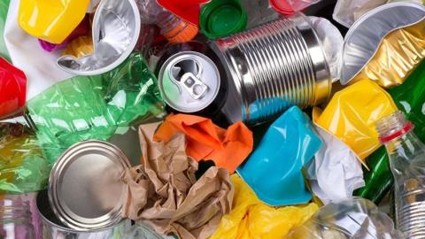 """""""КВС"""" просит жителей не путать канализацию с мусорным ведром"""