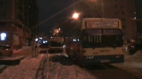 К оставшимся без тепла домам подогнали автобусы