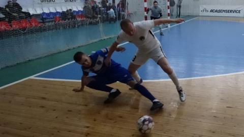 «Волга-Саратов» победила в Уфе