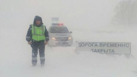 Продлен запрет для большегрузов на трассе Сызрань - Саратов - Волгоград