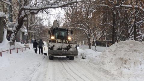 Две управляющих компании получили прокурорские представления за снег