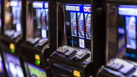 Жители Саратова ждут суда за незаконные азартные игры